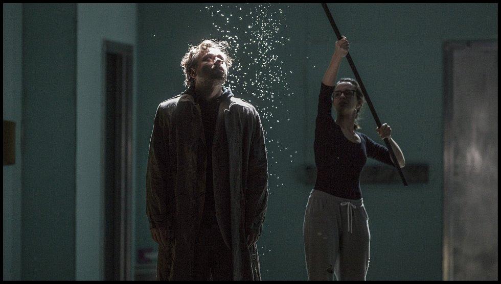 Divadelní hra Andělé v Americe