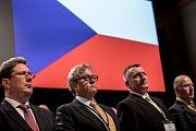 Sněm Hospodářské komory ČR probíhal 16. května v Praze. Vladimír Dlouhý, Bořivoj Minář, Roman Pommer