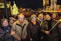 Vánoční projížďka Prahou je tradiční předvánoční akcí, kterou Život 90 každoročně organizuje.