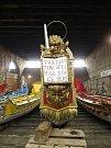 Lev se svatozáří, mečem a evangeliem je hlavním symbolem města Benátky.
