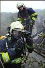 Požár chatky v Šárce.