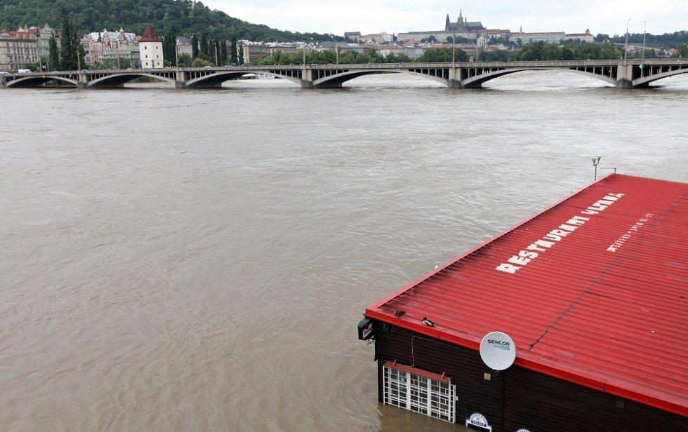 Povodně v Praze v úterý 4. června.