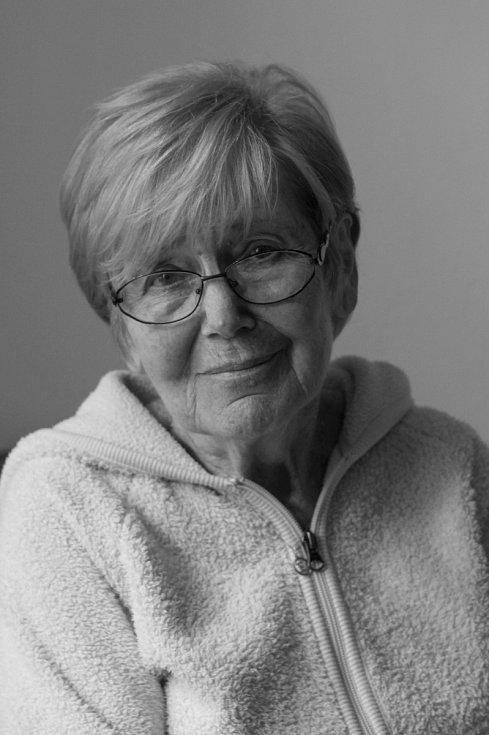 Eva Macourková, rozená Sachselová při natáčení pro Paměť národa.