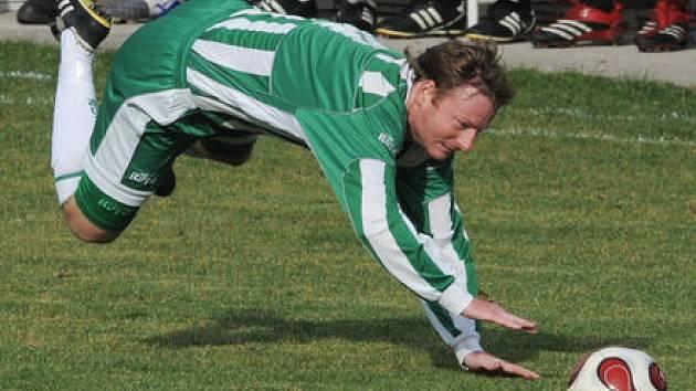 RYBIČKA. Jan Fíček (Meteor) se nalétal v derby s Admirou požehnaně. Ale nakonec se radoval po vysoké výhře 5:1.