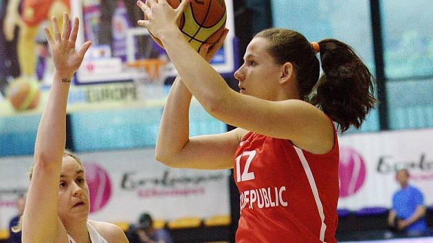 Česká reprezentační basketbalistka Tereza Vyoralová.