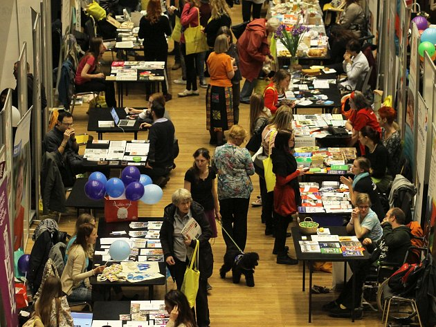 Letošní NGO Market se odehrál  v pražském  Foru Karlín  a představil přes 250 neziskových organizací.