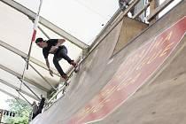Skateboardingová akce Mystic sk8 cup.