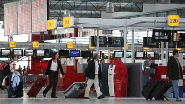 Nejčastěji létali pasažéři v roce 2007 na linkách mezi Prahou a Velkou Británií.