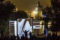 Ze zahájení třetího ročníku festivalu světla Signal v Praze.