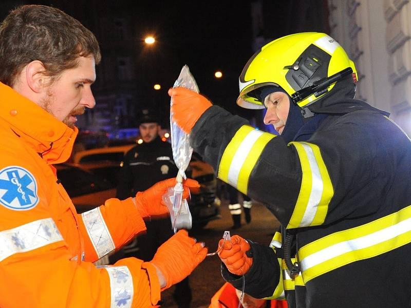 Hasiči a záchranáři zasahovali 20. ledna 2018 při požáru hotelu Eurostars v Praze
