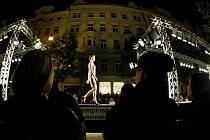 Přehlídka značky Ferre Milano v rámci dvoudenního festivalu Prague Fashion Weekend proběhla v pražské Pařížské ulici.