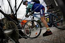 Cyklisté v Praze. Ilustrační foto.