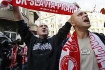 Ve středu to vypukne. Slávističtí fanoušci mají pohotovost,  jejich oblíbenci ve středu hostí slavný Arsenal.