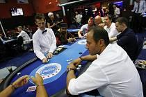 Druhý ročník charitativního turnaje PokerStars charity tournament 2010 za účasti hokejistů NHL se uskutečnil 23. července v Praze. Na snímku vpravo Martin Ručinský.