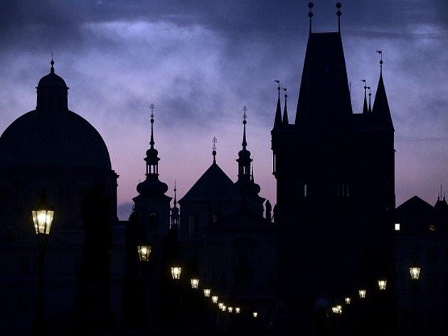 Osvětlení v Praze. Ilustrační foto.