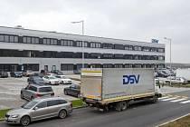 Nové sklady DSV poblíž Pavlova u Prahy.