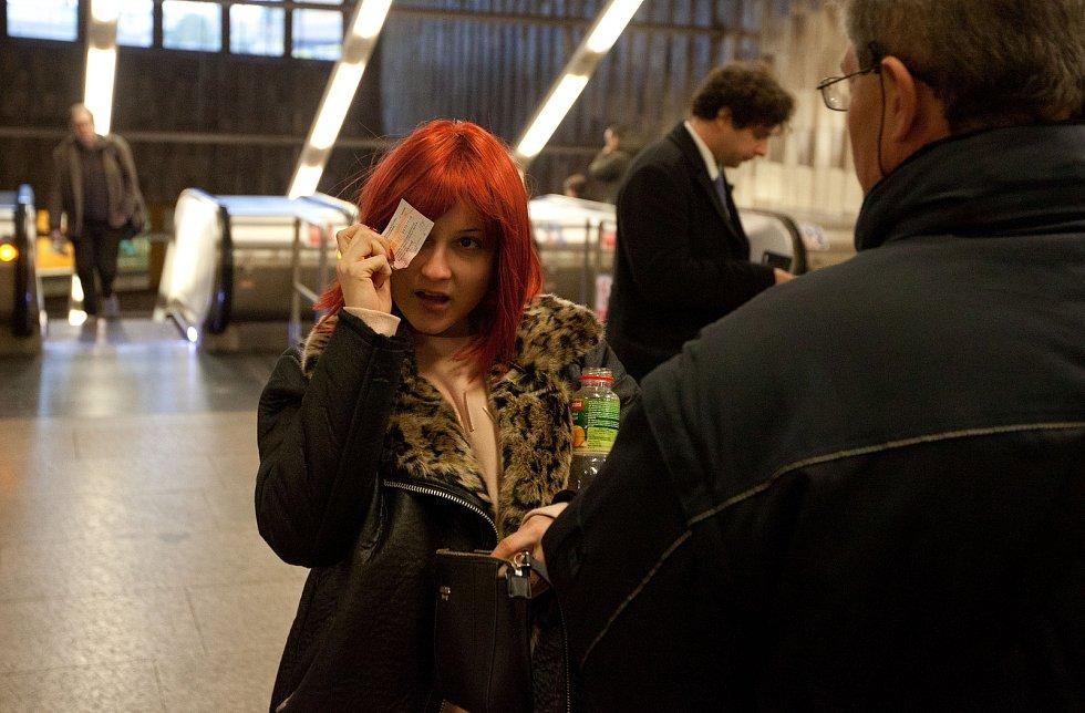 Akce revizor 7.listopadu - metro Florenc.