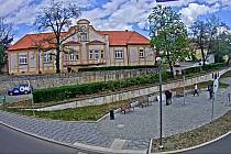 Pomník pražského povstání a pamětní deska ROA v pražských Řeporyjích.