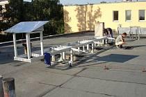 PRVNÍ VLAŠTOVKA. Instalace ekologického tepelného čerpadla se stihla během jednoho měsíce.