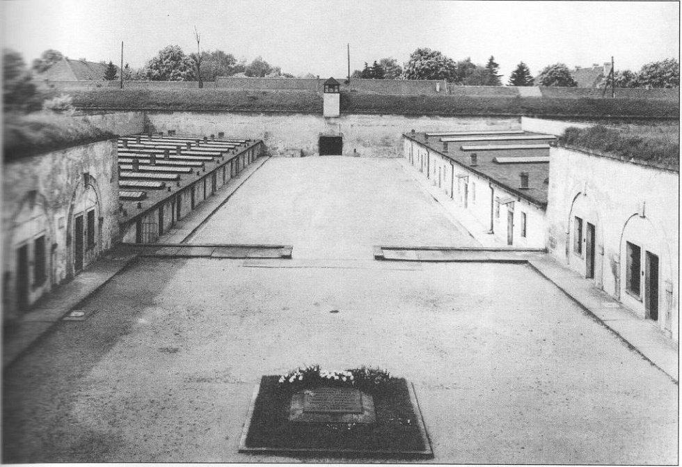 Terezín. IV. dvůr v Malé pevnosti.