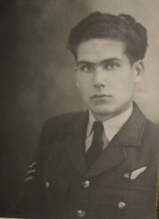 Jiří Pavel Kafka v RAF.