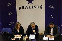 Tisková konference strany Realisté.