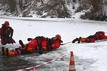 Výcvik na ledě.