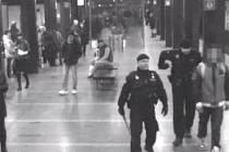 Notně opilý mladík ohrožoval cestující v metru
