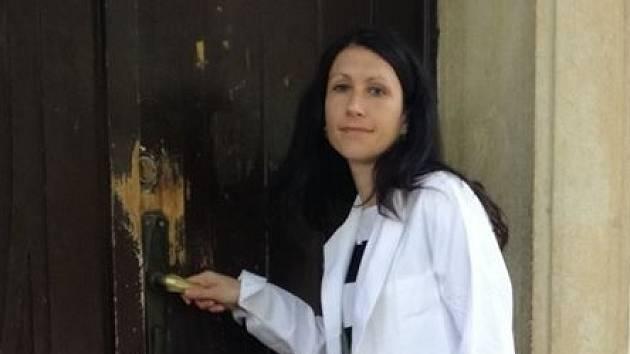 Dita Protopopová kandiduje za ANO na starostku Prahy 8, má blízko k Andreji Babišovi. Jeho synovi psychiatrička pomáhala v kauze Čapí hnízdo.