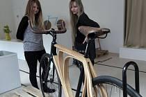 Nejlepší soutěžní práce mladých studentů designu, které získaly nejvyšší ocenění na mezinárodní soutěži Staged Design Award – České centrum