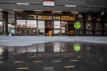 Stanice metra Jinonice.