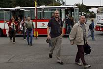 Náhradní autobusová doprava. Ilustrační foto.