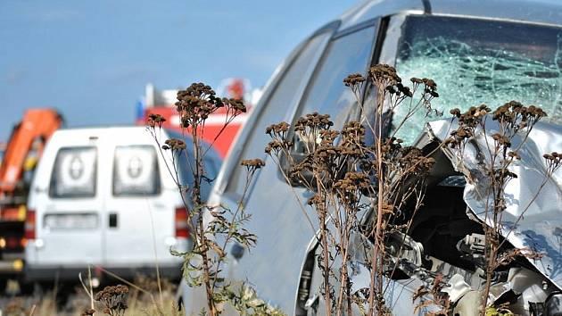 Tragická nehoda uzavřela silnici II/152 mezi Jaroměřicemi a Myslibořicemi