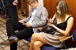 TOP 09 v pražském hotelu Dorint Don Giovanni čeká na výsledky voleb.