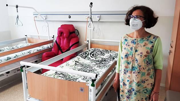 Městská nemocnice následné péče. Radní Milena Johnová.
