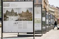 Výstava v Praze mapuje historii a přeměnu okolí Národního muzea a Čelakovského sadů.