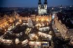 Vánoční trhy na pražském Staroměstském náměstí 2. prosince.