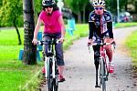 NA DVOU KOLECH. Lidé na bicyklech v budoucnu dojedou z Čelákovic až do Nymburka.