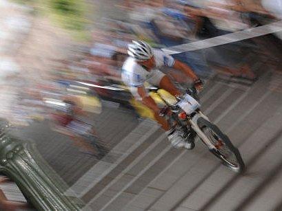 PRAŽSKÉ SCHODY. Patnáctý ročník cyklistické exhibice přilákal světovou špičku./Ilustrační foto