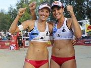 Úspěšný volejbalový pár Markéta Nausch Sluková (vlevo) a Barbora Hermannová.