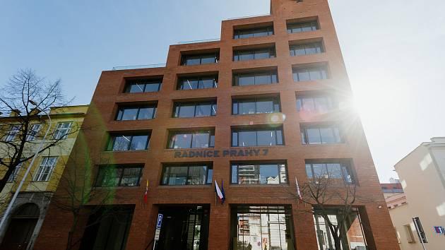 Nová radnice Prahy 7 byla otevřena 5. března