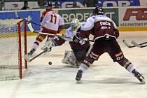 Na třetí pokus dokázali olomoučtí hokejisté porazit Spartu. Na domácím ledě se s favoritem nijak nepárali a vyhráli 5:1.