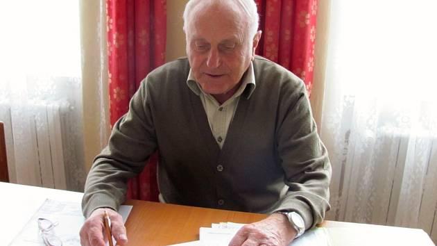 Na snímku starosta Věžek Bedřich Gardavský.