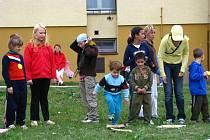 V Azylovém domě pro matky s dětmi v Kroměříži se ve čtvrtek 2. října 2008 konal Sportovní den pro děti.