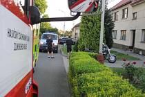 Nehodu s účastí motocyklisty museli v neděli 7. června večer v Němčicích řešit policisté a záchranáři na Kroměřížsku.