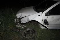Opilý řidič havaroval ve středu 11.5. večer v Chropyni: po nehodě nadýchal přes dvě promile alkoholu.