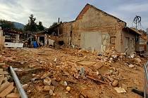 V Koryčanech na Kroměřížsku došlo k tragické explozi v rodinném domě. Na snímku místo den poté, ve čtvrtek 16. září 2021