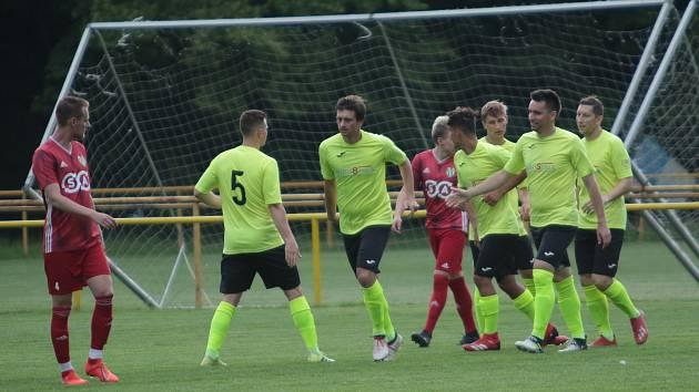 Fotbalisté Skaštic (ve světle zelených dresech) novou sezonu Divize E zahájí v sobotu 7. srpna.