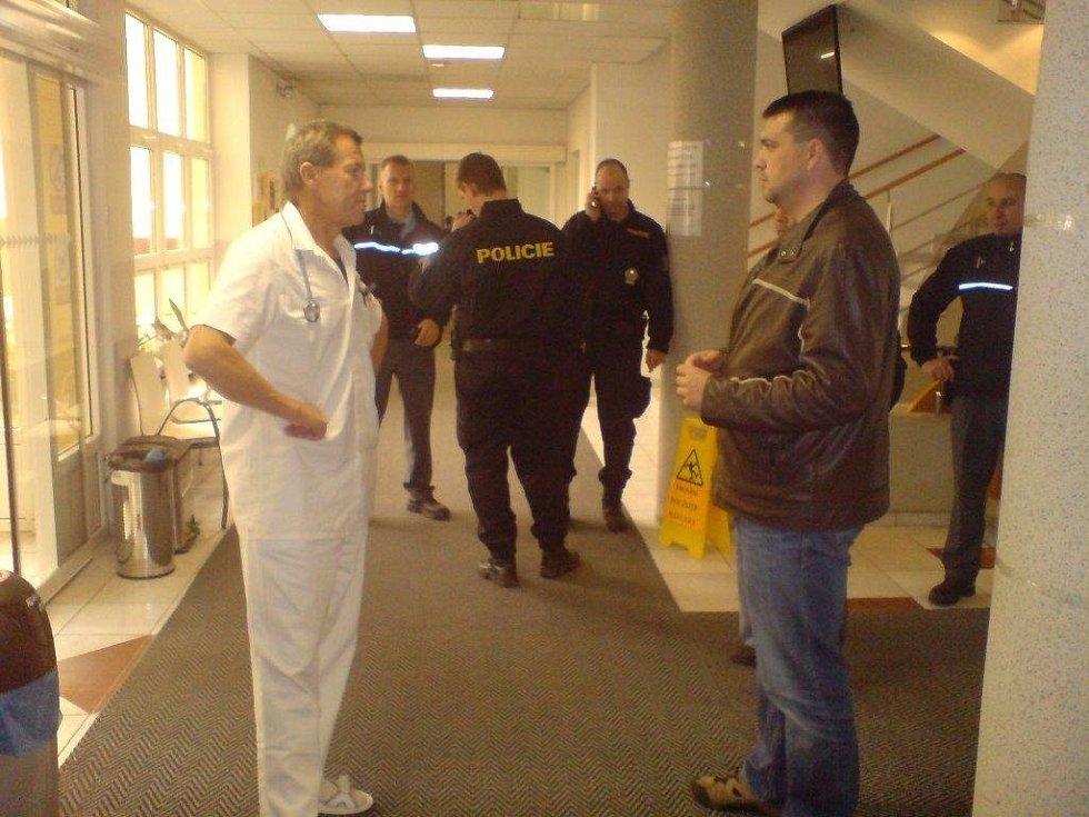 Derriford nemocnice datování skenování