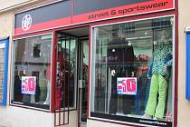 Obchody v Kroměříži lákají na povánoční výprodeje